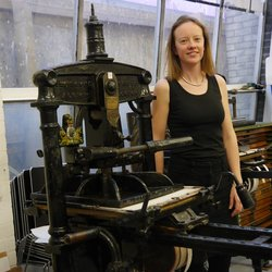 photo of British Printmaker Leonie Bradley